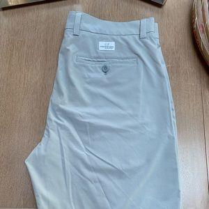 Men's Vineyard Vines performance shorts, gray. 33